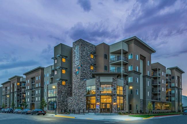La Pointe Apartments