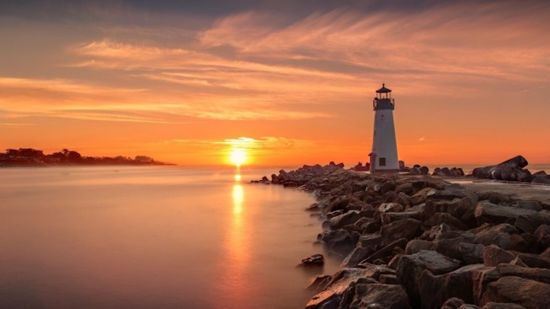 Walton Lighthouse Blog.jpeg