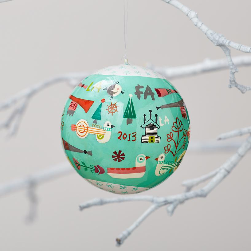 a-very-good-year-ornament-2013.jpg