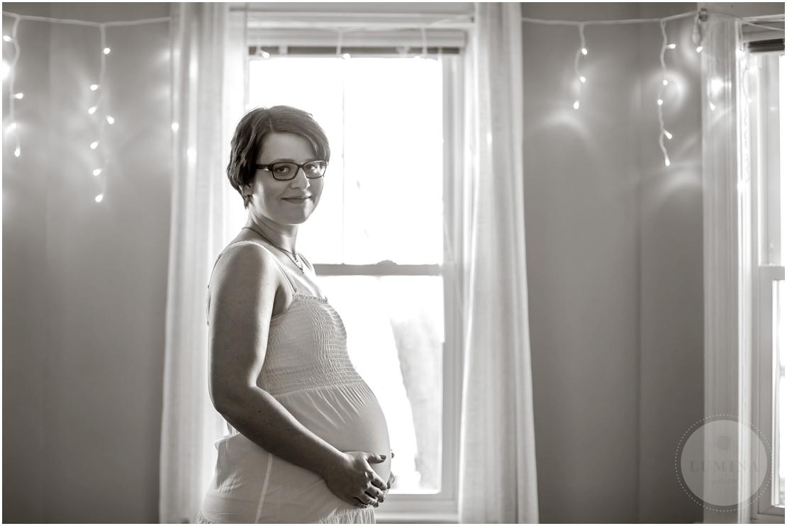 New Hampshire Maternity Portraits_009.jpg