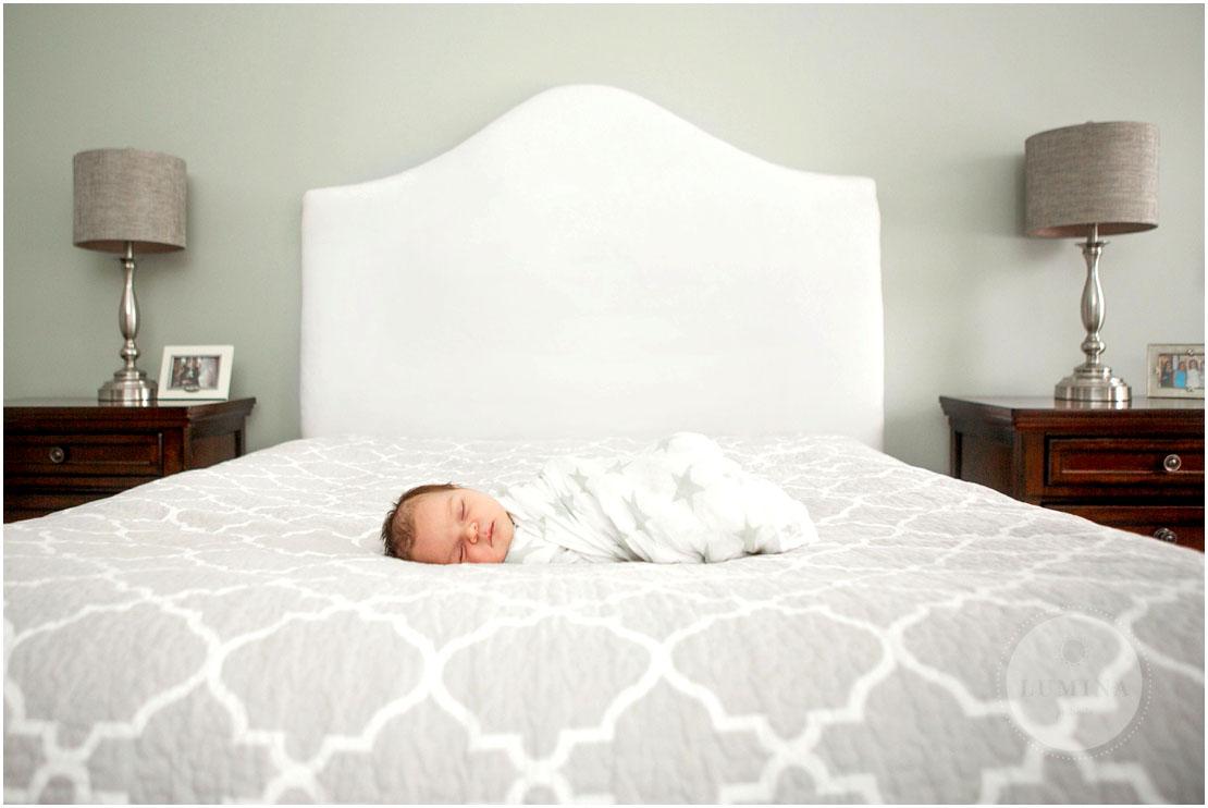 Bedford New Hampshire Newborn Photographer_007.jpg