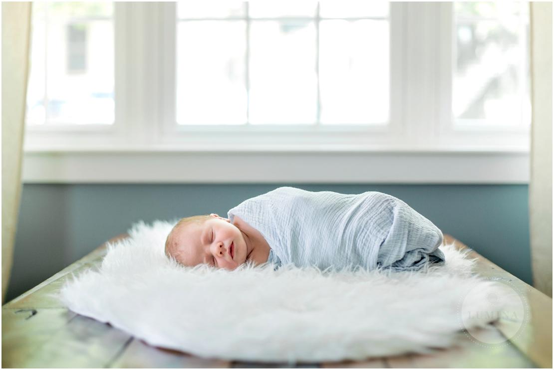 Amherst New Hampshire Newborn Photographer_001.jpg