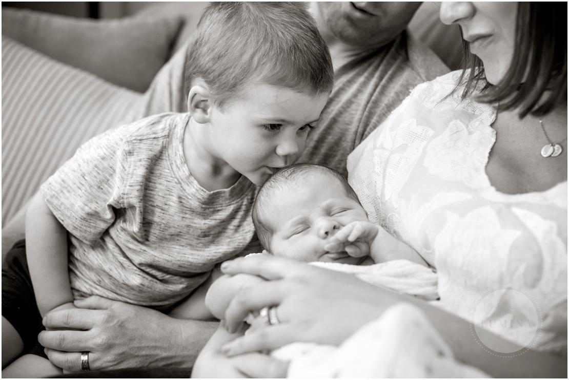 Amherst New Hampshire Newborn Photographer_016.jpg