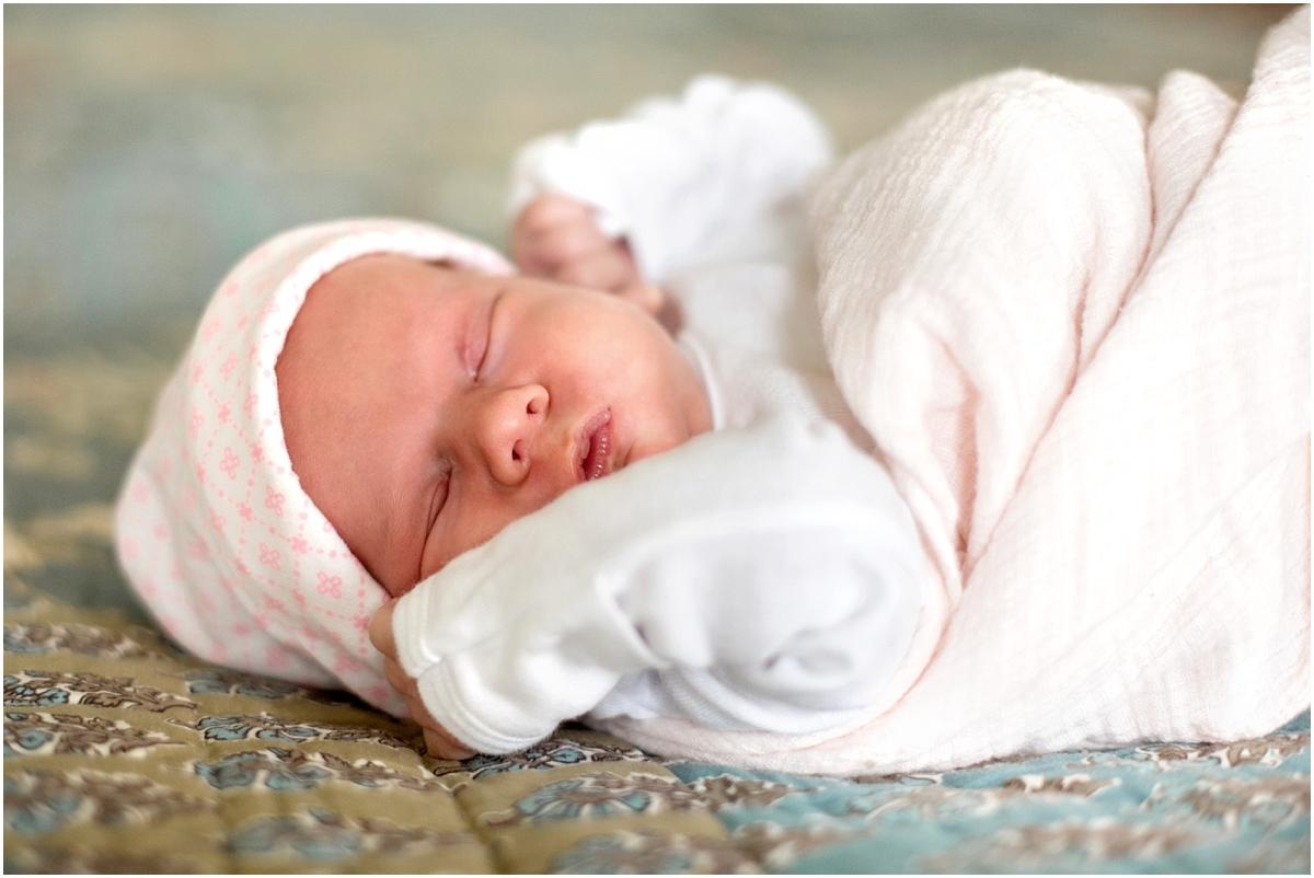 Nashua New Hampshire Newborn Photographer_0005.jpg