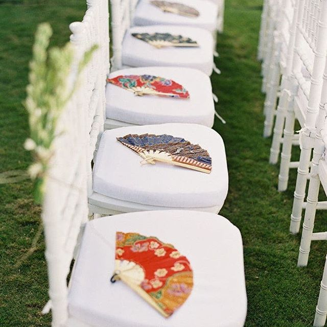 #Instagramtakeover @jenniferlongeats #bostonuniversity #BUhospitality #inspirationiseverywhere student project.... Placing these beautiful Chinese fans for your wedding guests, especially on a hot day, allows guests to fan themselves in style.  photograph via @stylemepretty  #inspoeverywherebu