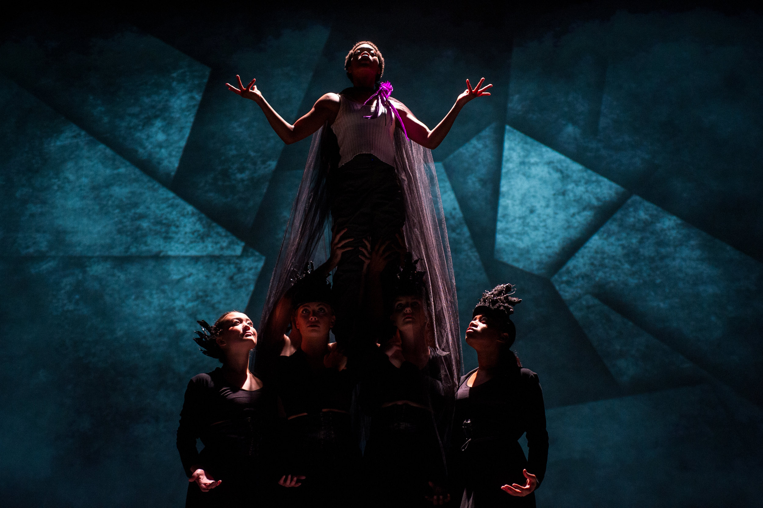 Dancers: Mario Ramirez,Khorii Tinson, Yuriko Roby, Anna Starr, Mackenzie Lawrence, Myrah Porter  Photo: Lawrence Peart, Courtesy of The University of Texas at Austin