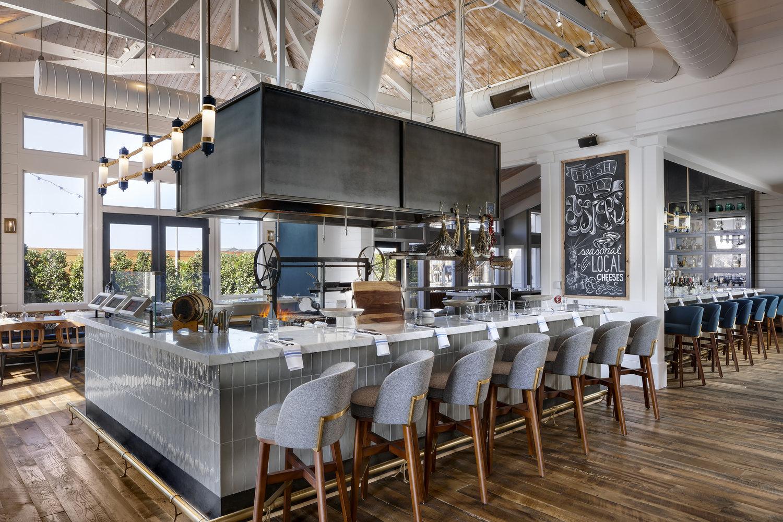 Salt Wood Kitchen Oysterette Monterey Bay Ca Restaurant Bar