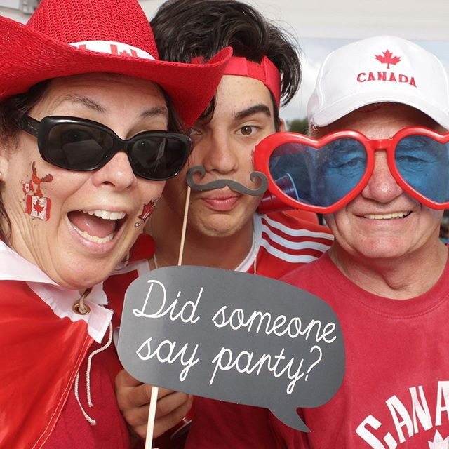 Happy Canada Day 🇨🇦.. Enjoy the celebrations!!!!! #ottawaphotobooth