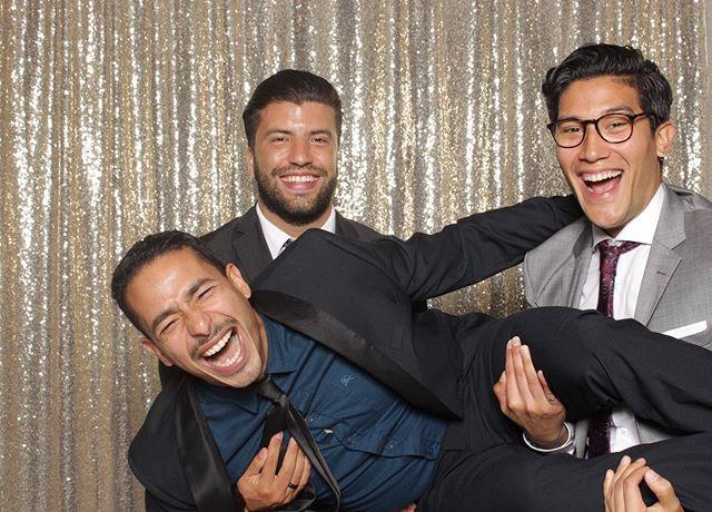 F•R•I•E•N•D•S Good Times! : : : #ottawaphotobooth #torontophotobooth #ottawaweddings