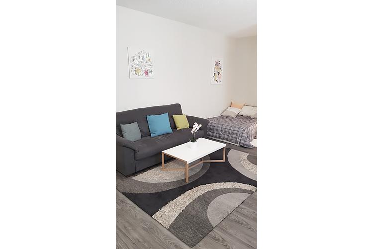 Livingroom_v1.jpg