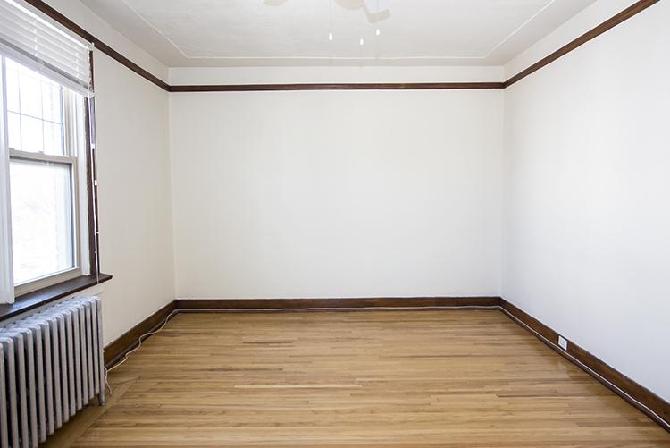 Unit25_2BDR_Livingroom_Pic1.jpg
