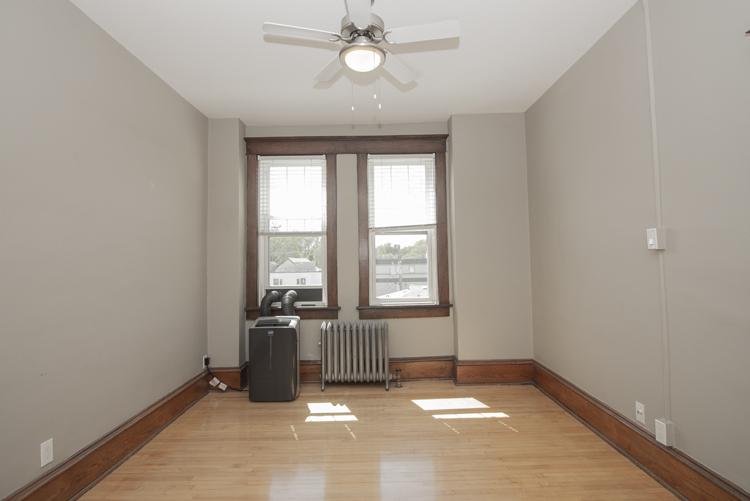 Living Room_v3.jpg