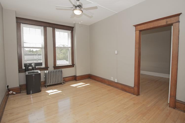 Living Room_v4.jpg