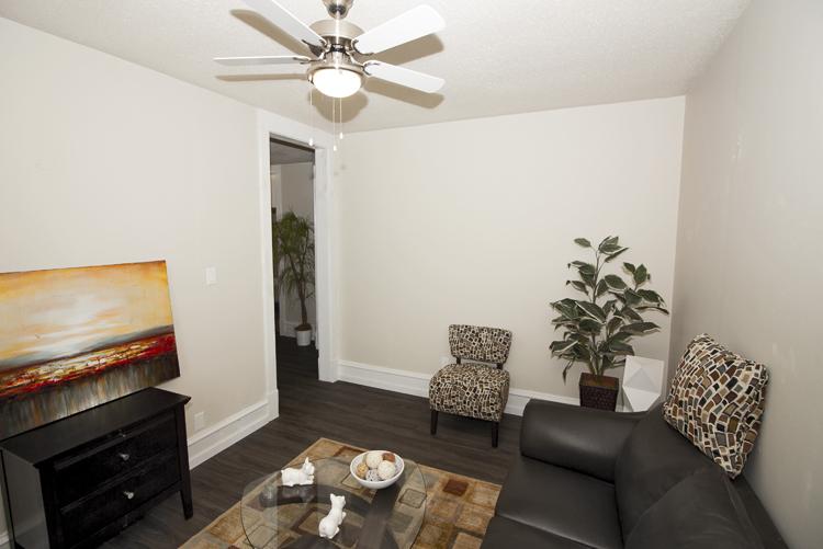 229Machray_Livingroom_v1.jpg
