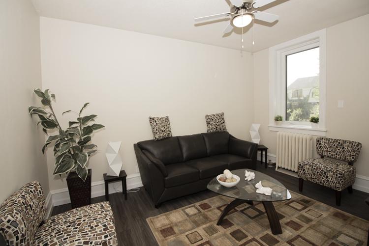 229Machray_Livingroom_v2.jpg