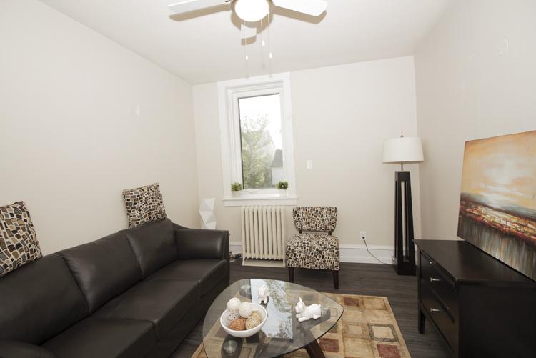 229Machray_Livingroom_v3.jpg