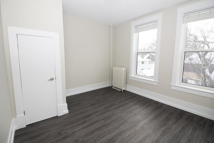 875 Westminster - Bedroom - Pic1 - Suite 5.jpg