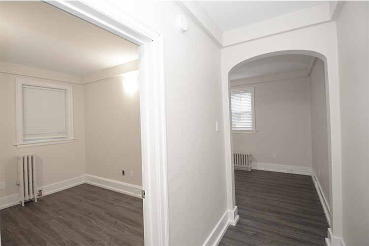 Suite 4 Bedroom to Livingroom.jpg
