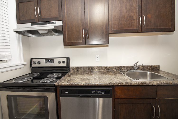Suite 4 Kitchen Appliances View 1.jpg
