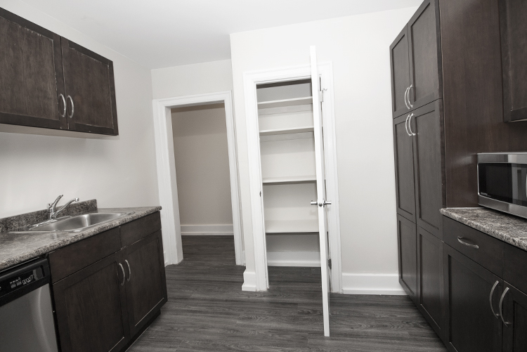 Suite 4 Kitchen View 2.jpg