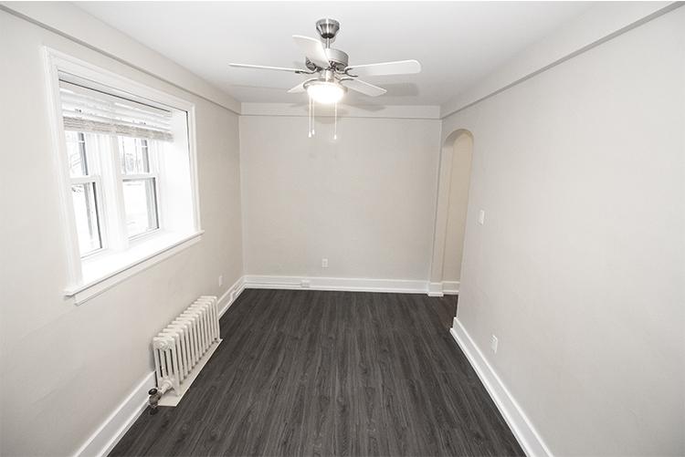 Suite 4 Livingroom View 1.jpg
