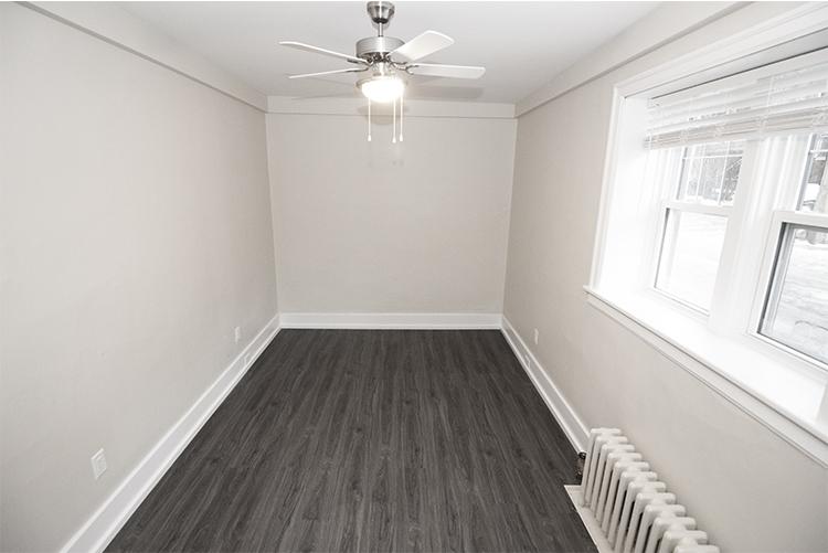 Suite 4 Livingroom View 2.jpg