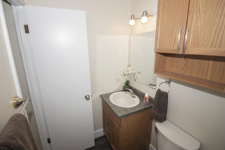 Bathroom_v1.jpg