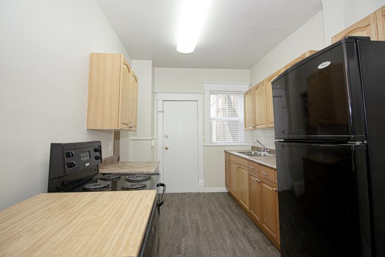 589 Fleet Avenue - Kitchen_v3.jpg