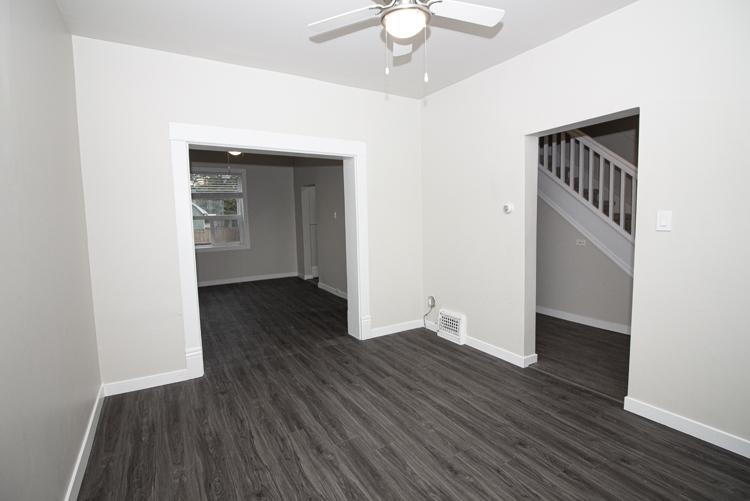 589 Fleet Avenue - Livingroom_v2.jpg