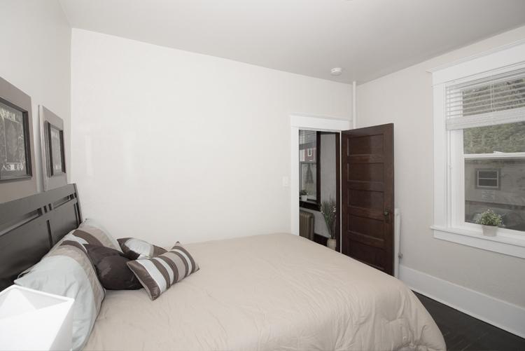 Bedroom_v2.jpg