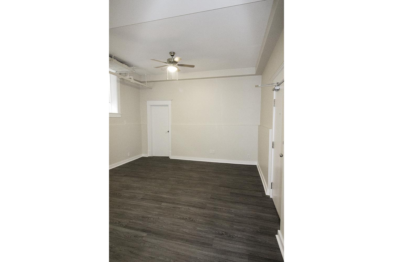 Livingroom Area.jpg