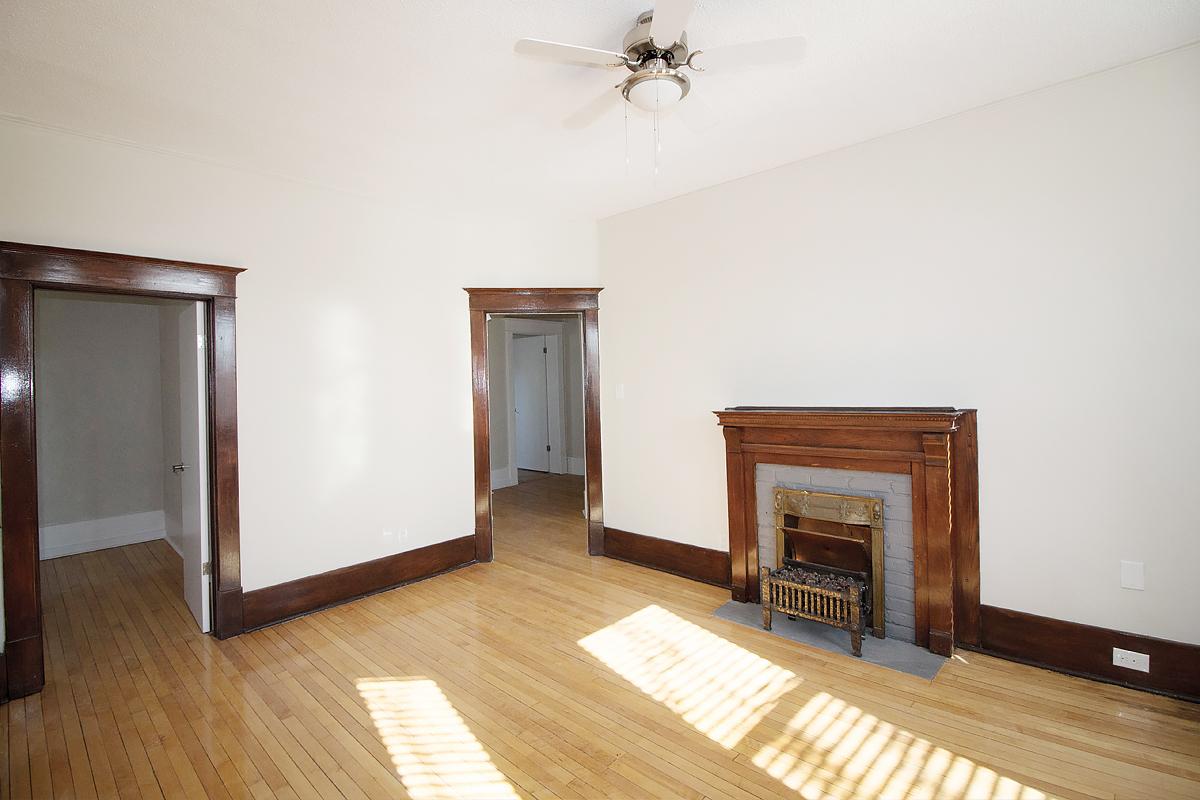 LivingroomArea.jpg
