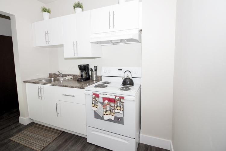 Display Suite_229 Machray_1 Bedroom_Kitchen_v1.jpg