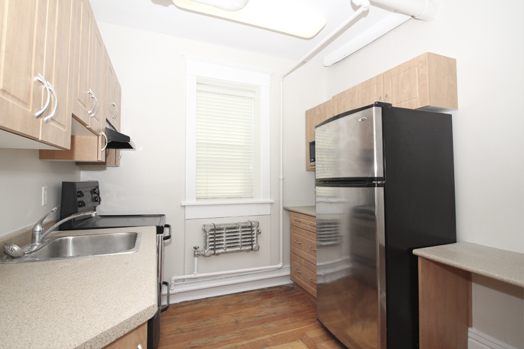 Unit2B_351_Kitchen.jpg