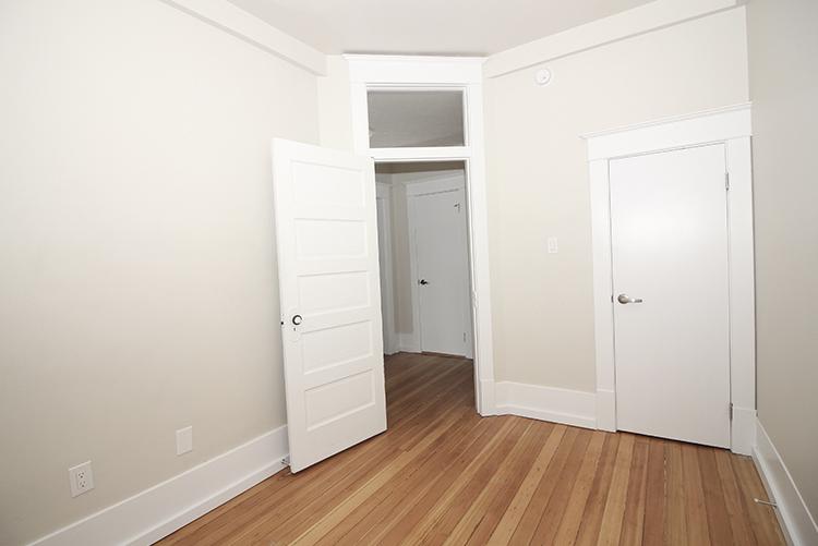 277Arbuthnot_Bedroom2_Suite7.jpg