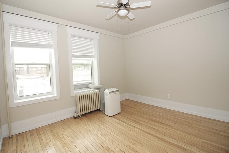 277Arbuthnot_Livingroom1_Suite7.jpg