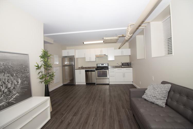 Livingroom_Kitchen_v1.jpg