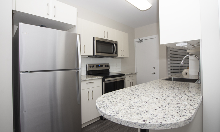 834 Grosvenor - Renovated 2 Bedroom - Kitchen_v3.jpg