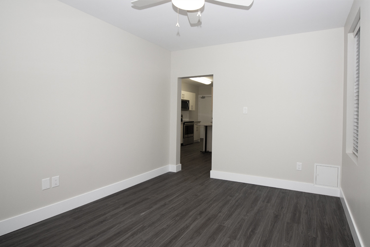 834 Grosvenor - Renovated 2 Bedroom - Livingroom_v1.jpg