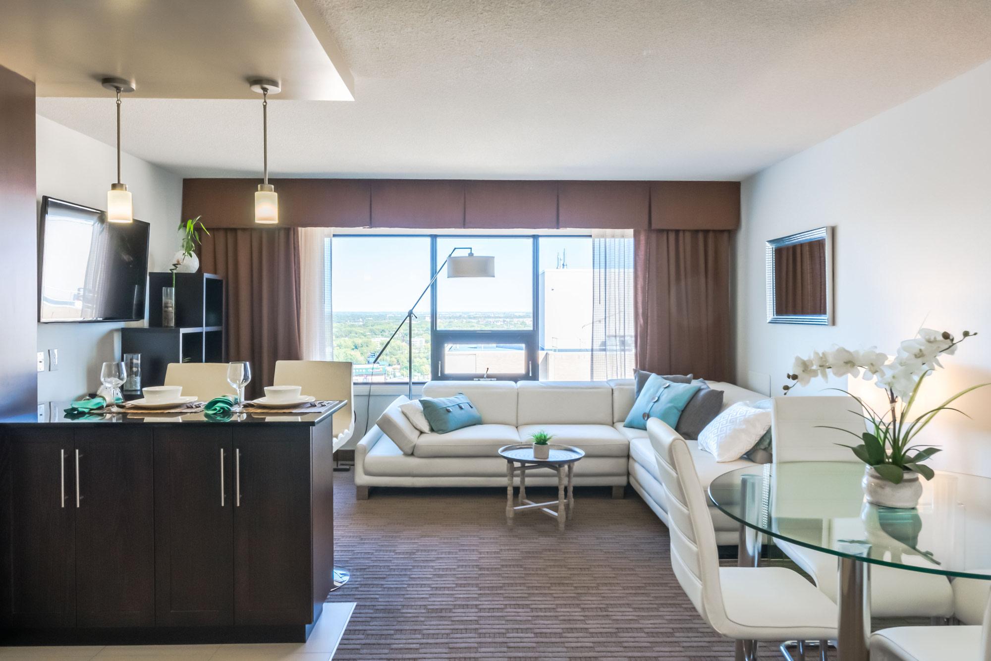190 Smith Street_Livingroom_v2.jpg