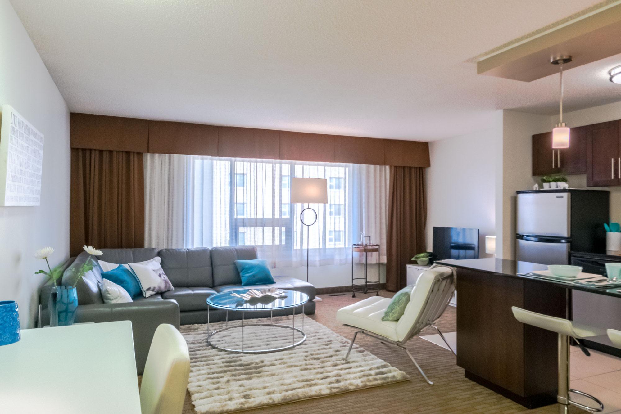 190 Smith Street_Livingroom_v3.jpg