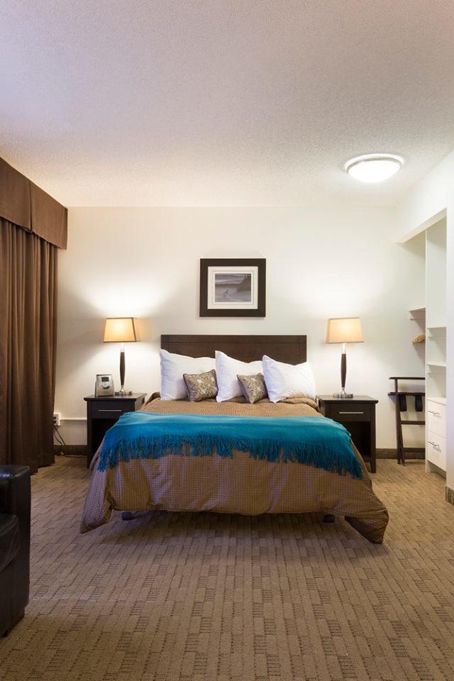 BedroomTeal2.jpg.8a4b7beb.jpg