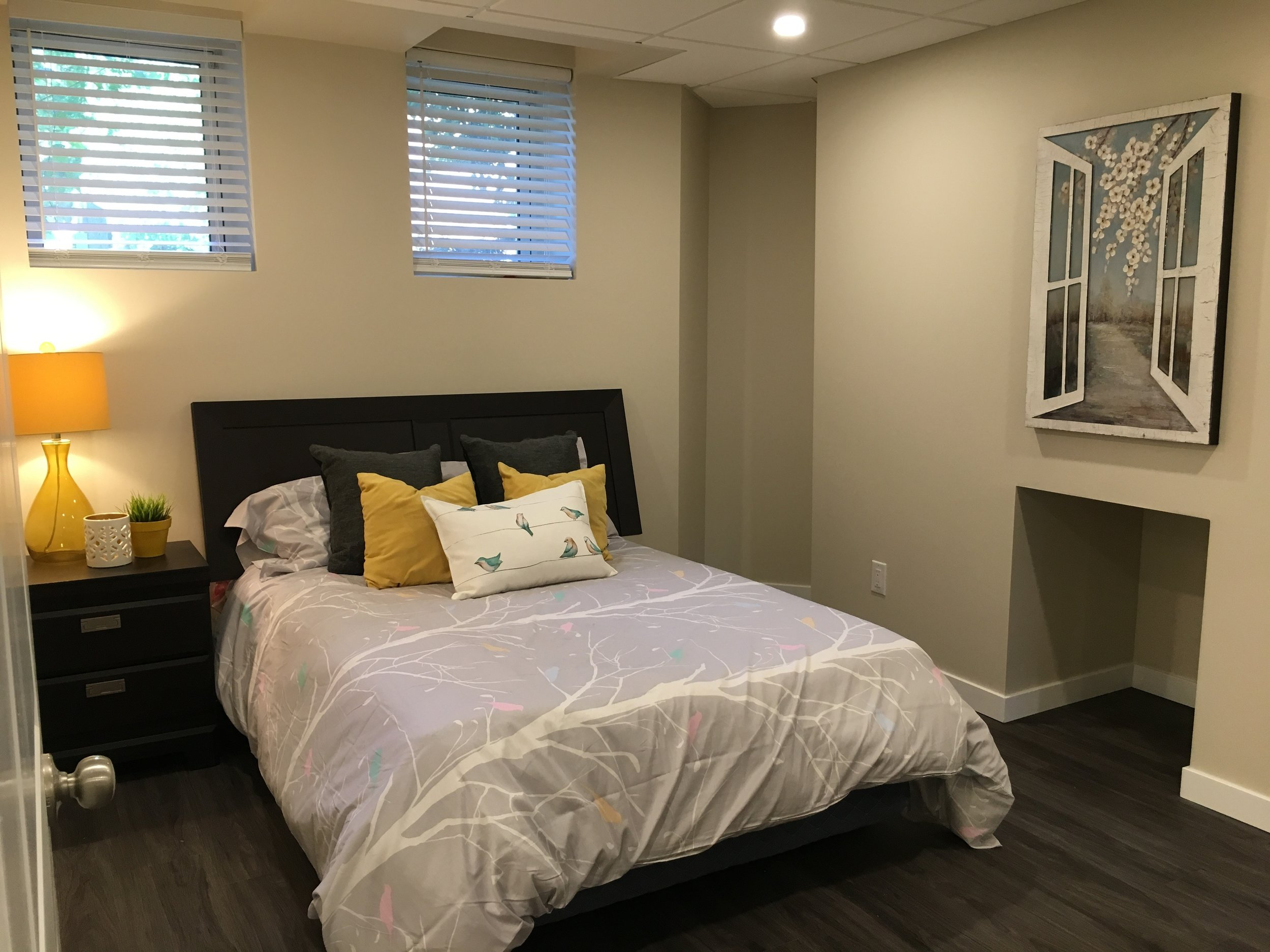 Open Concept Livingroom_Bedroom_v2.jpg