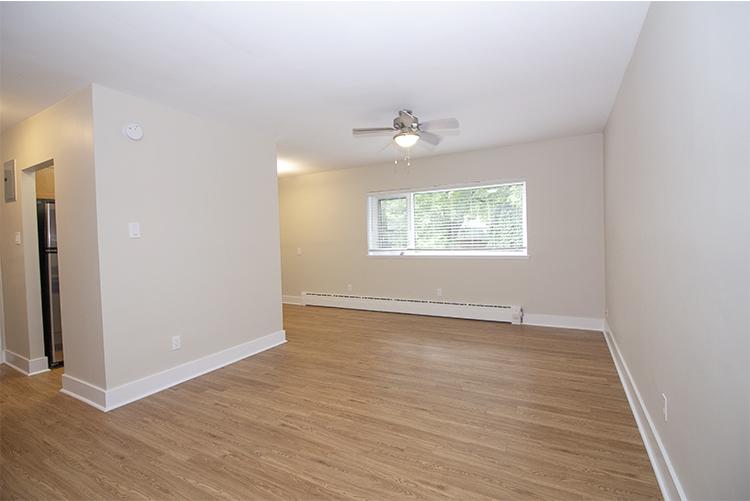 114 River_Suite 5_Livingroom_v4.jpg