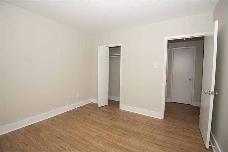 114 River_Suite 5_Bedroom_v1.jpg