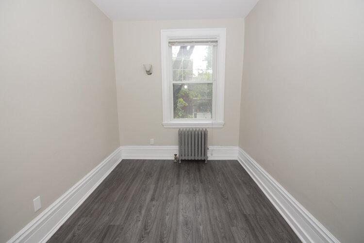 Bedroom 1_v2.jpg