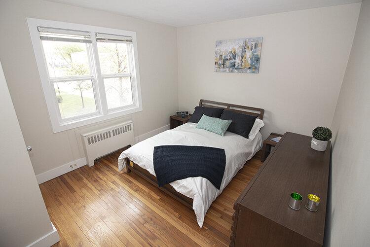 305 Marion - Suite 4 - Bedroom2_v1.jpg
