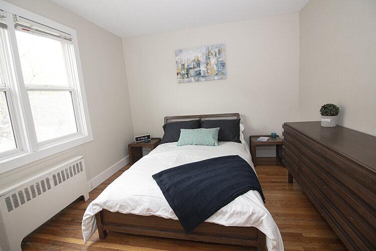 305 Marion - Suite 4 - Bedroom2_v2.jpg