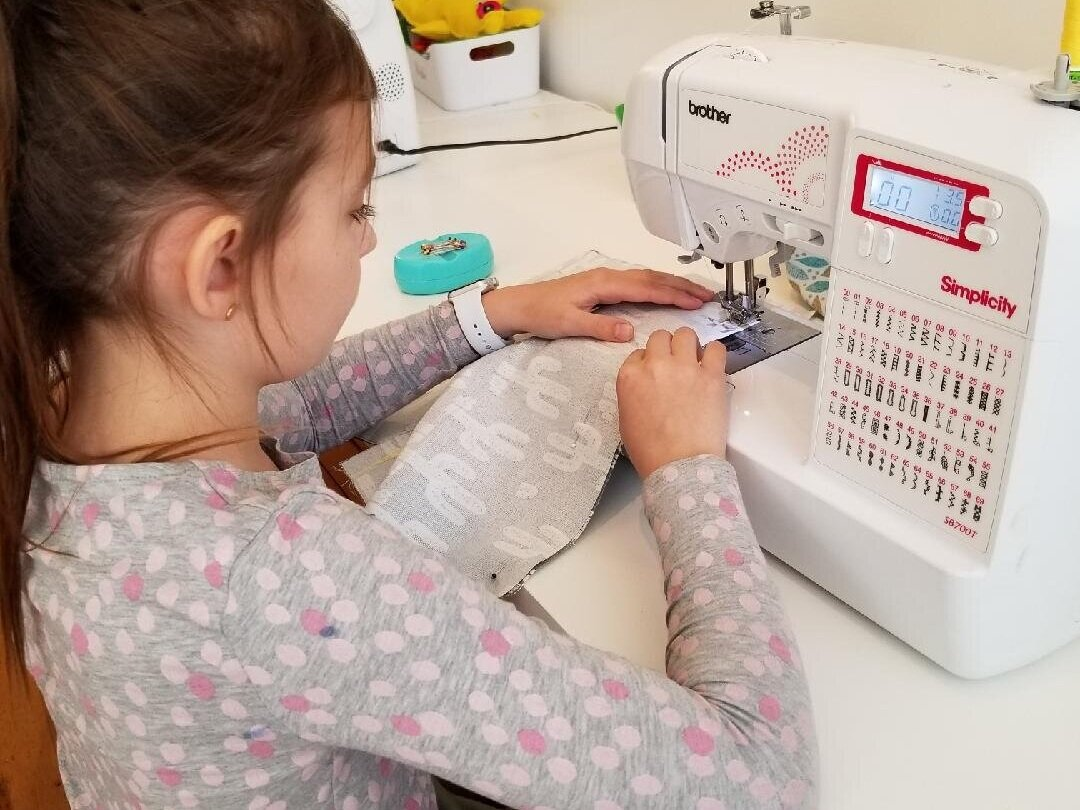 Build foundation sewing skills in multi-week after school + saturday classes
