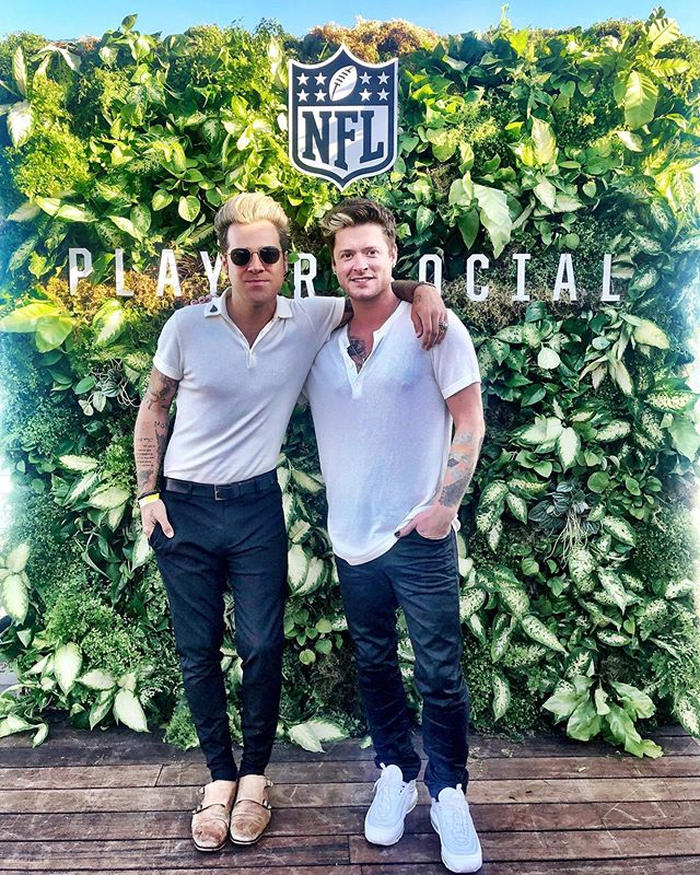Just me and @ryancabrera hangin out with the @nfl a lil bit. Cause #Malibu is never a bad move.  I needa get better at pretending I know ANYthing about football. • • • #nfl #beach #california #la #singer #music #football #fun #tattoos